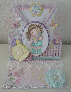 Easel Card Created With Diemond Dies Realistic Roses Die Set, Fancy Flourish Die, Mini Must Haves Die Set Created by Leonie