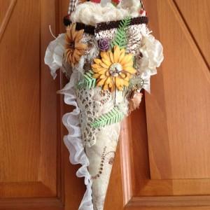 Tussie Mussie using Diemond Dies Pine branch, fern Leaf, and Sunflower Dies